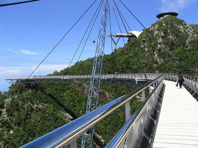 cầu SkyBrigde