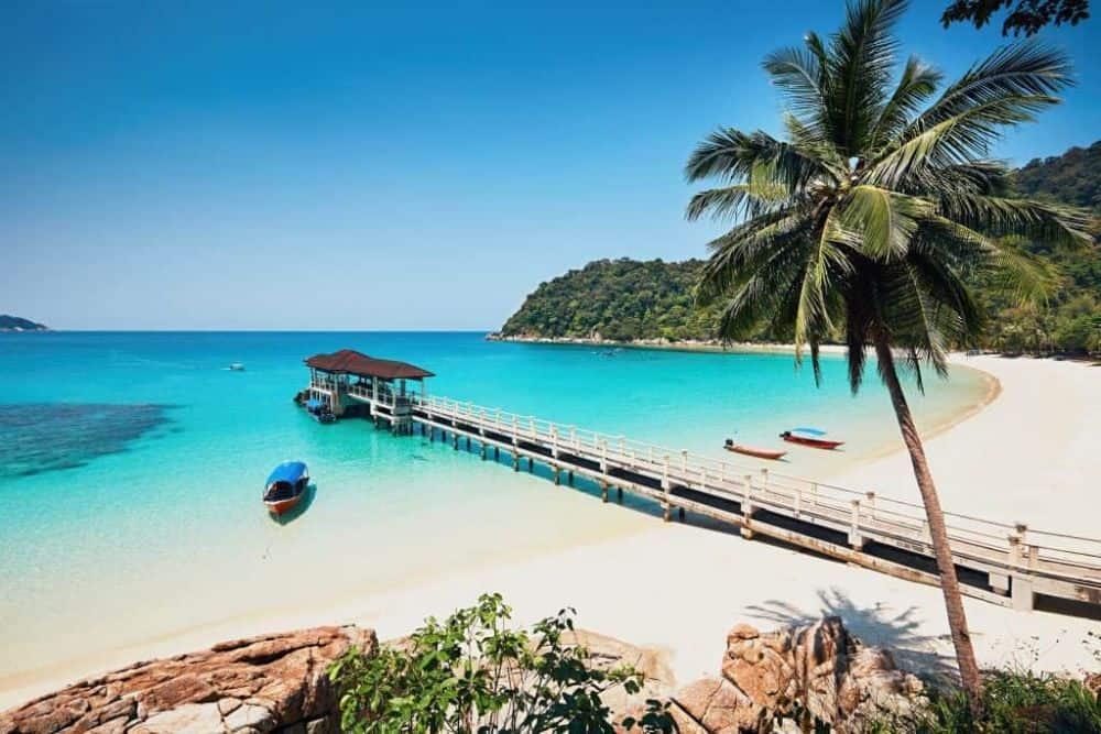 Cảnh biển Kota Brahu