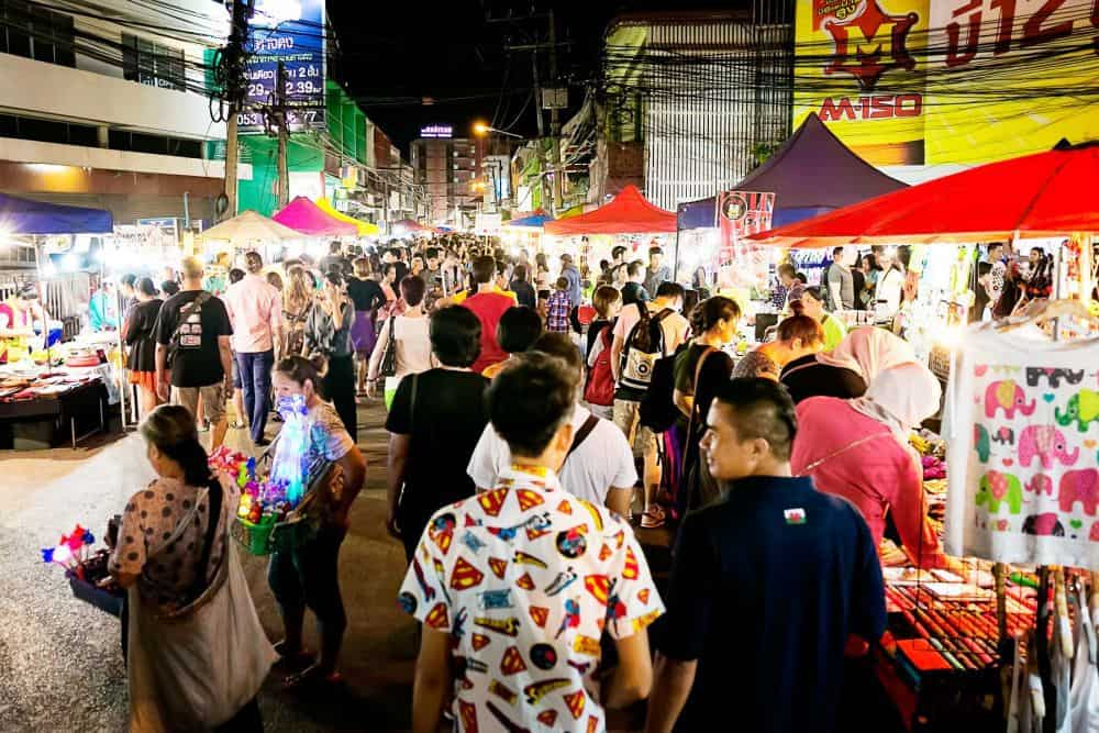 Saturday-Night-Market