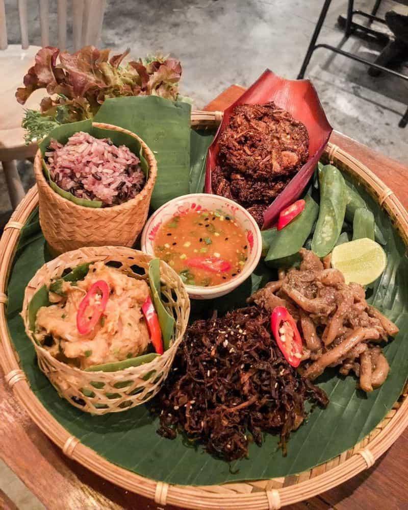 Ăn sáng gì ở Bangkok