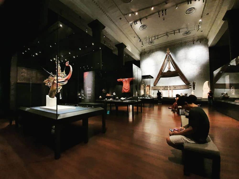 Bên trong Asian Civilisations Museum