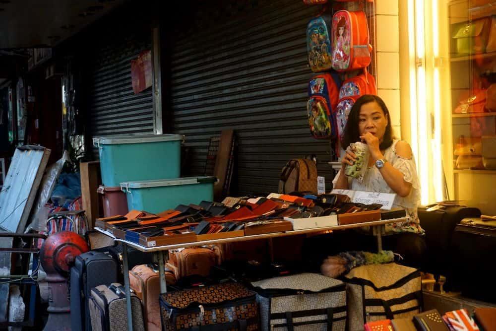 Mua gì ở chợ đêm Patpong