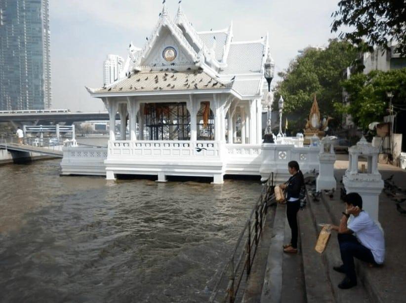 Địa chỉ chùa Thuyền Thái Lan