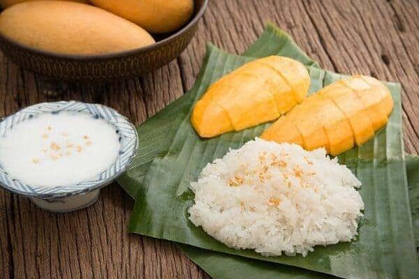 Xôi xoài (Mango Sticky Rice)