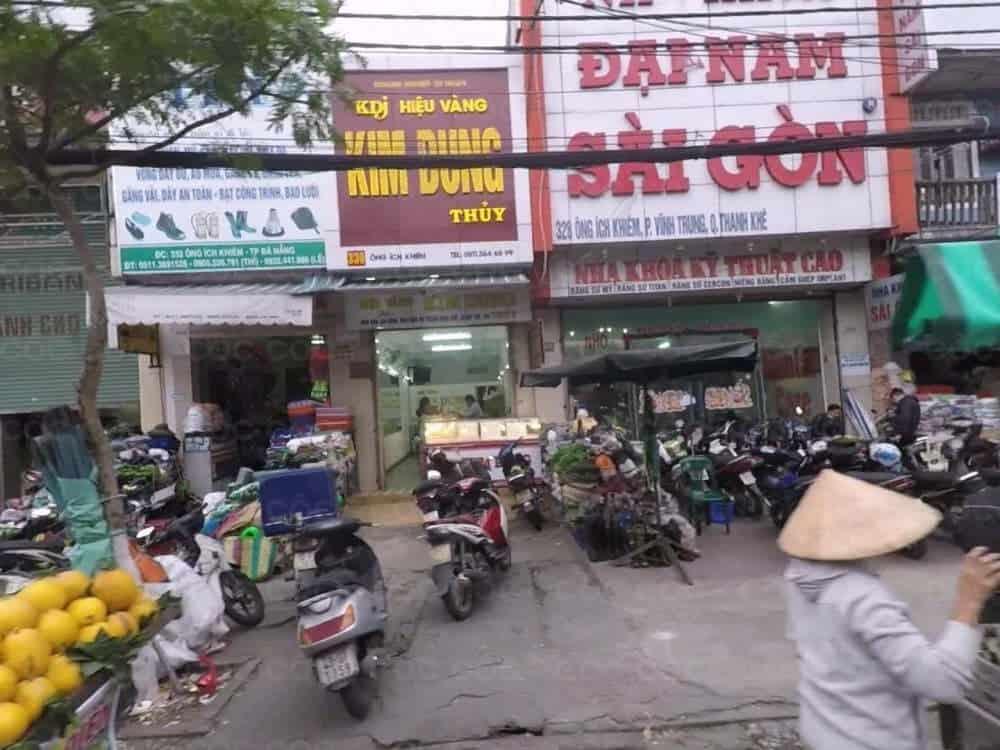 đổi tiền Thái ở đâu.