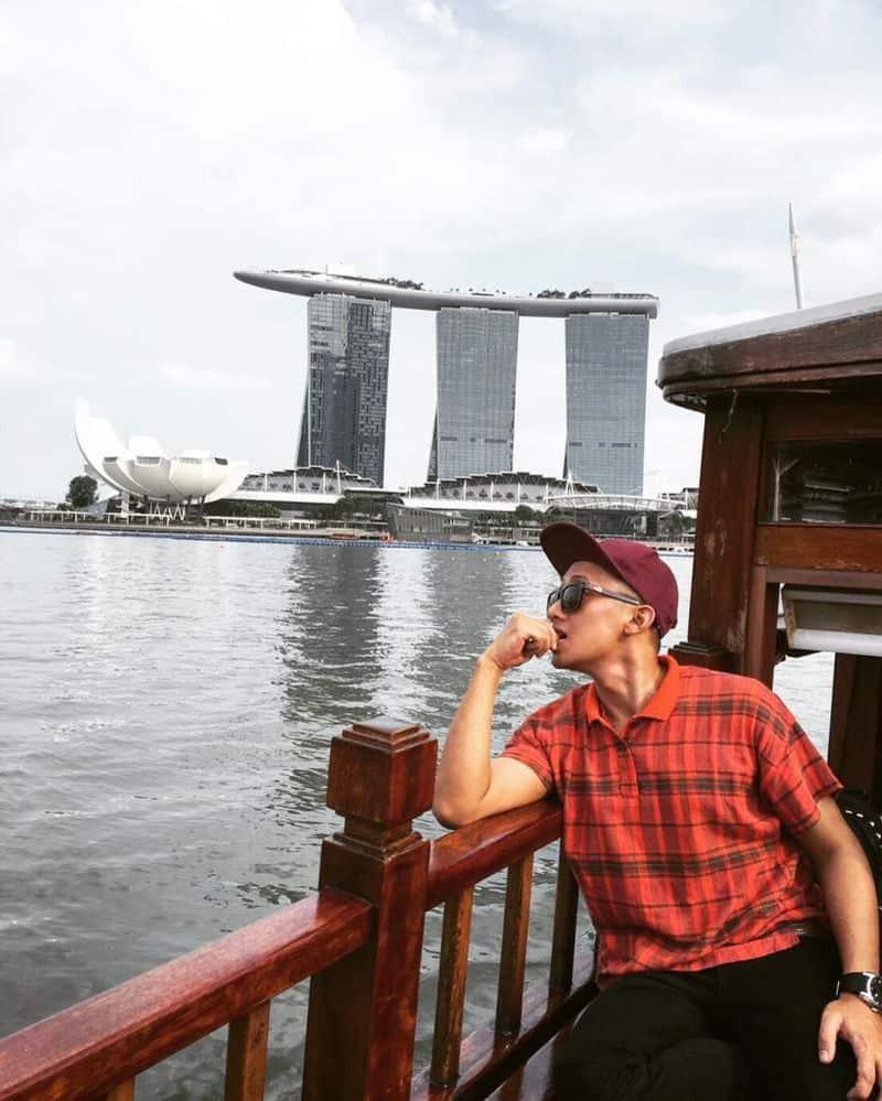 du-thyen-tren-song-singapore-2