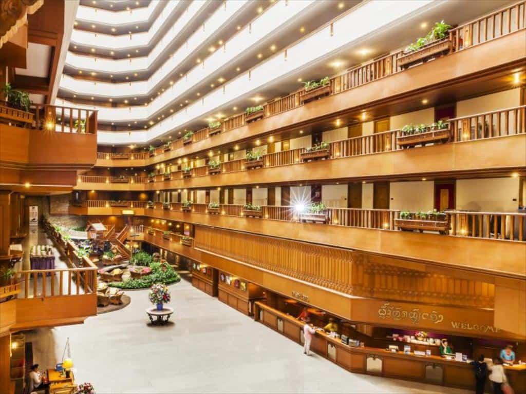 Không gian Lotus Pang Suan Kaew Hotel