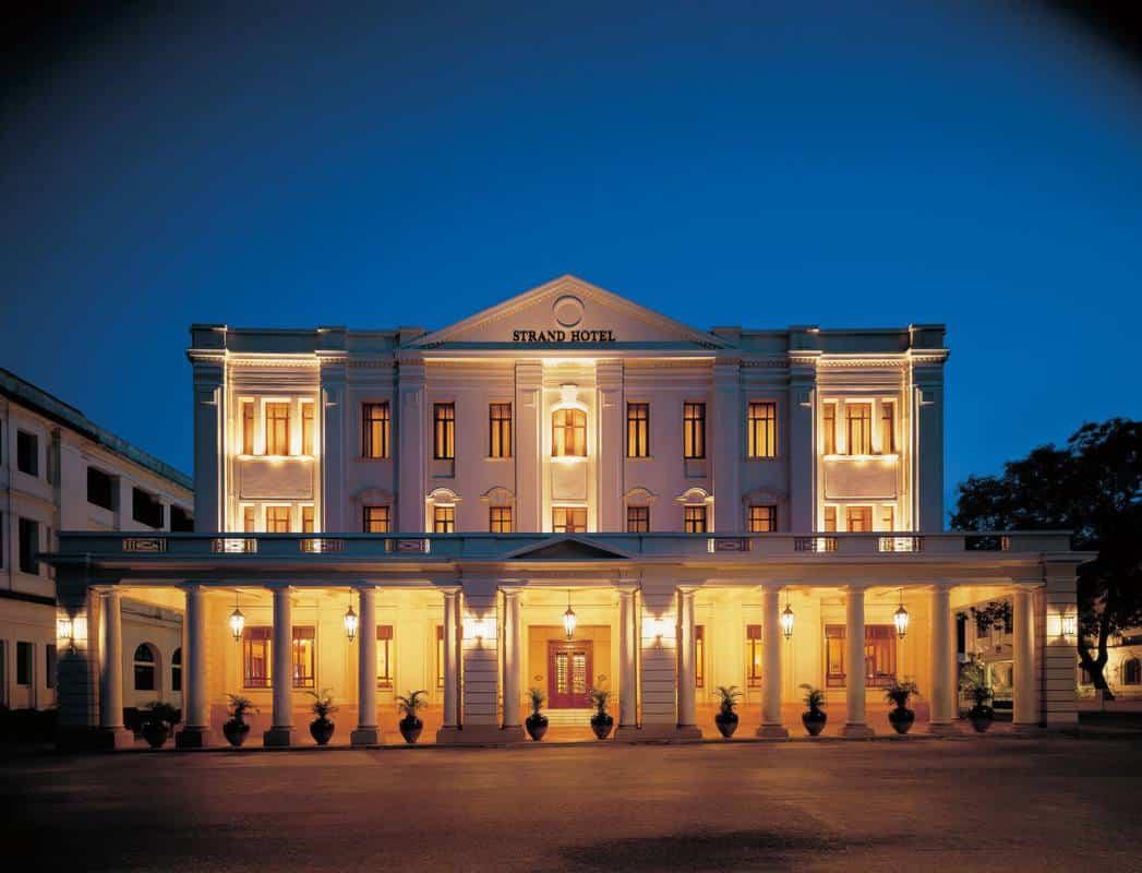 Phòng nghỉ ở những thành phố Bagan, Mandalay, Inle có giá một đêm khoảng 30USD (39.000 kyats).