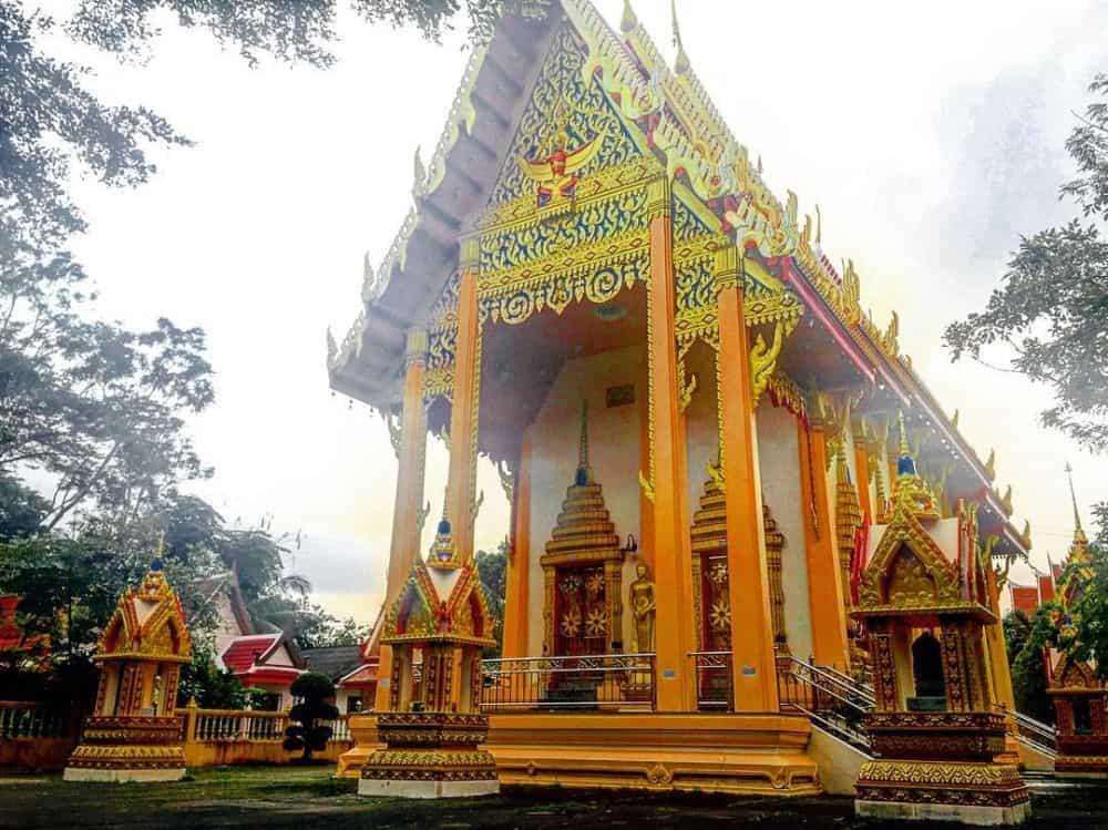 Wat Phra Tong Phuket