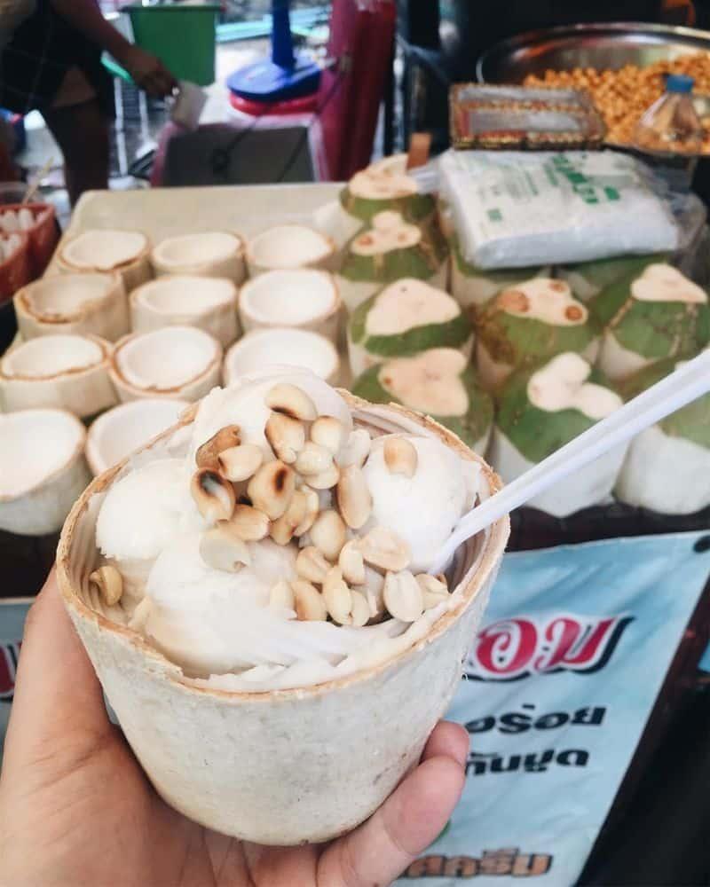 Kem sôi dừa
