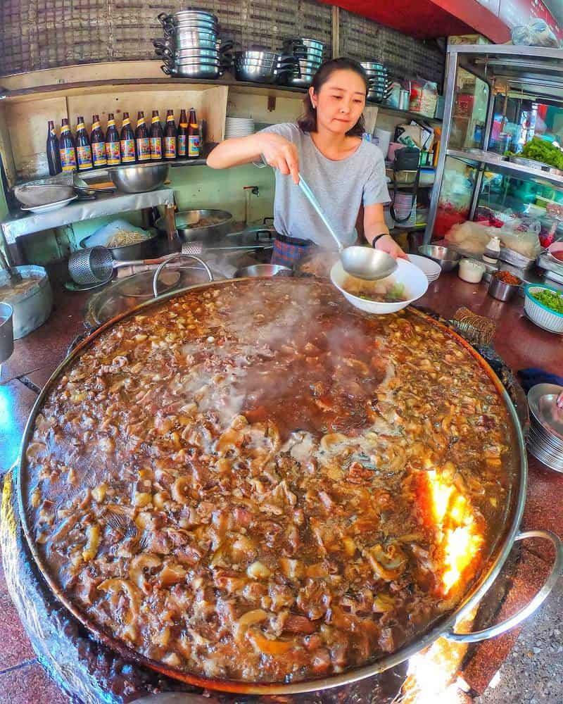 Wattana Panich ở Bangkok