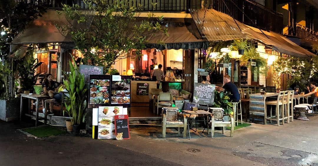 Nhà hàng Madame Musur Bangkok
