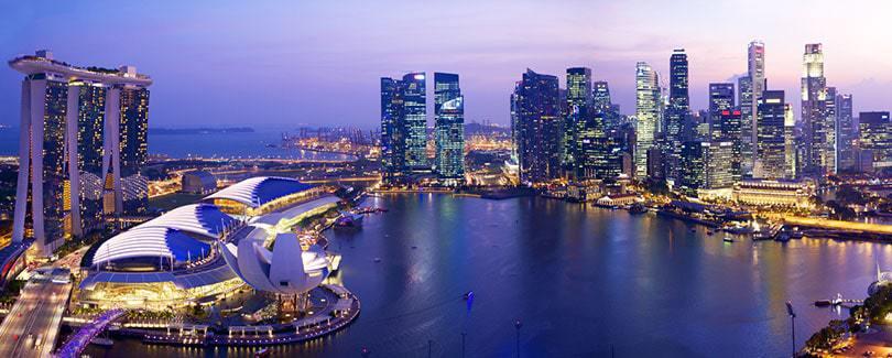 du thuyền trên sông singapore