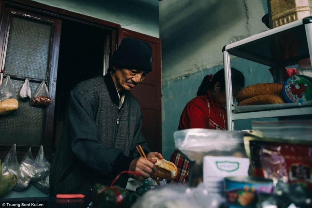 bánh mì xíu mại Hồng Bánh Mì ngon ở Đà Lạt