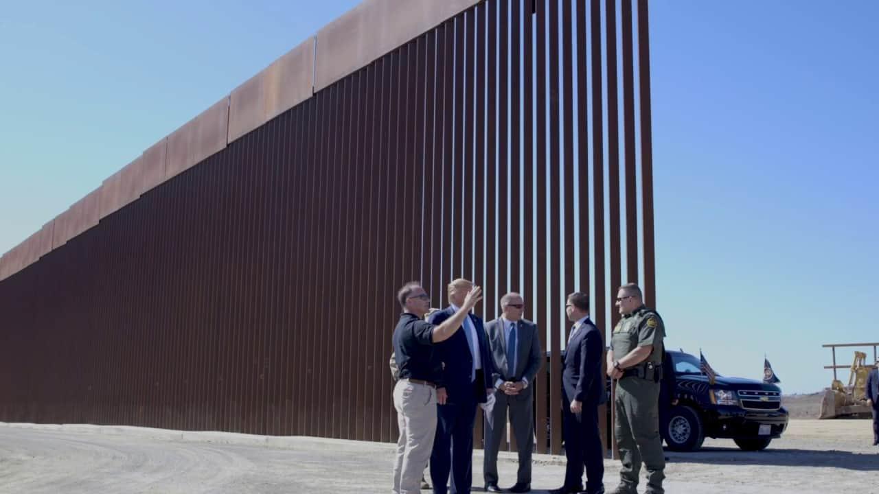 bức tường ngăn biên giới Mỹ và Mexico