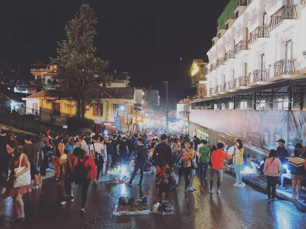 chợ đêm Sapa mở những ngày nào