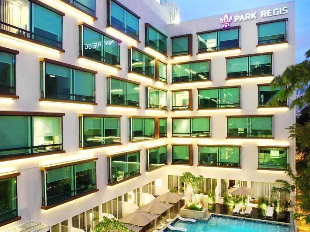 nên ở khách sạn nào tại singapore