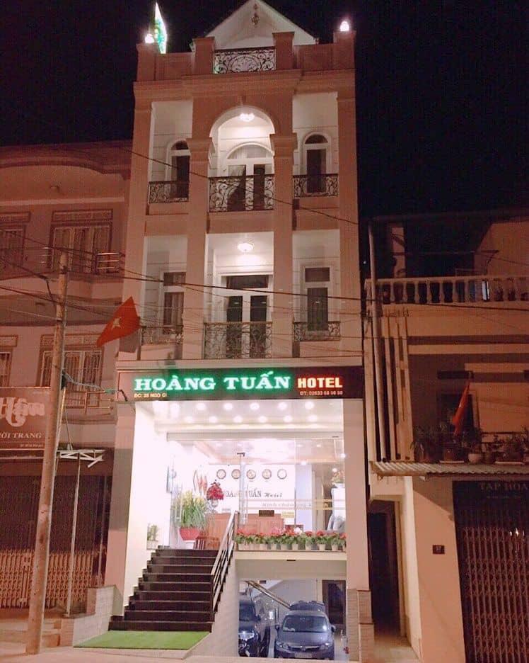 Khách sạn Hoàng Tuấn