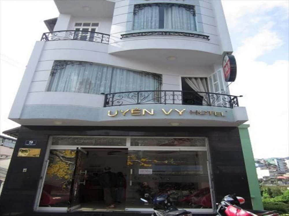 Khách Sạn Uyên Vy - Khách sạn 1 sao gần chợ Đà Lạt