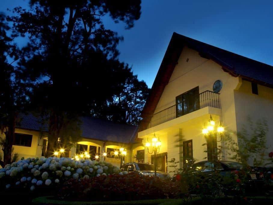 Khách Sạn Blue Water đà lạt