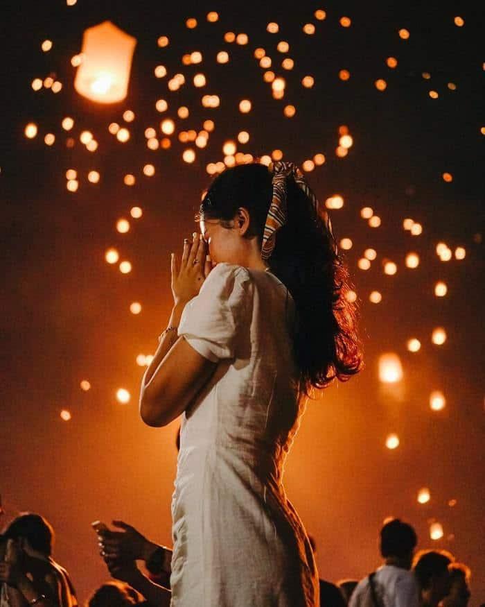 lễ hội thả đèn trời ở chiang mai