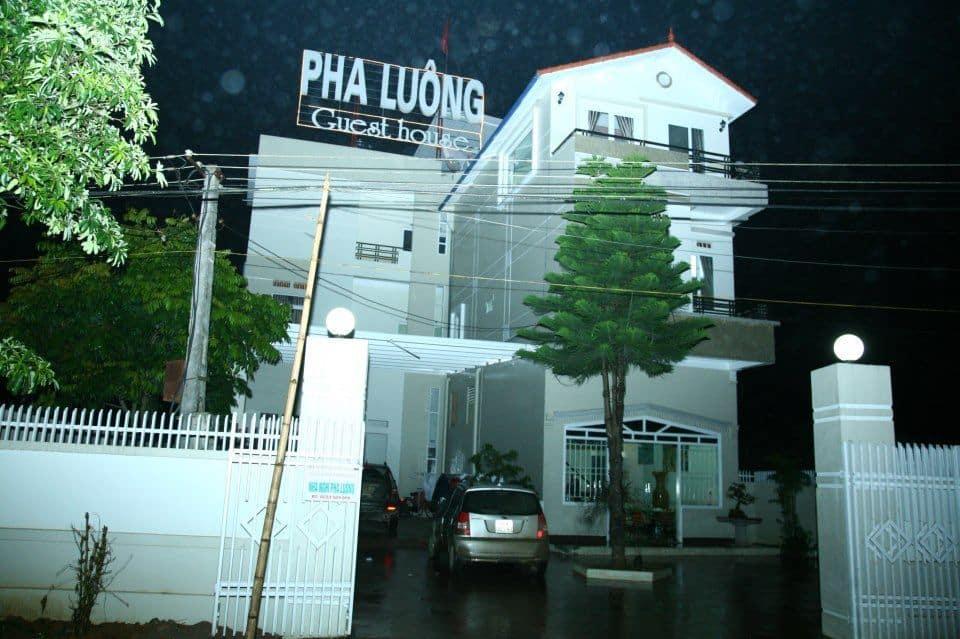 Nhà nghỉ Pha Luông