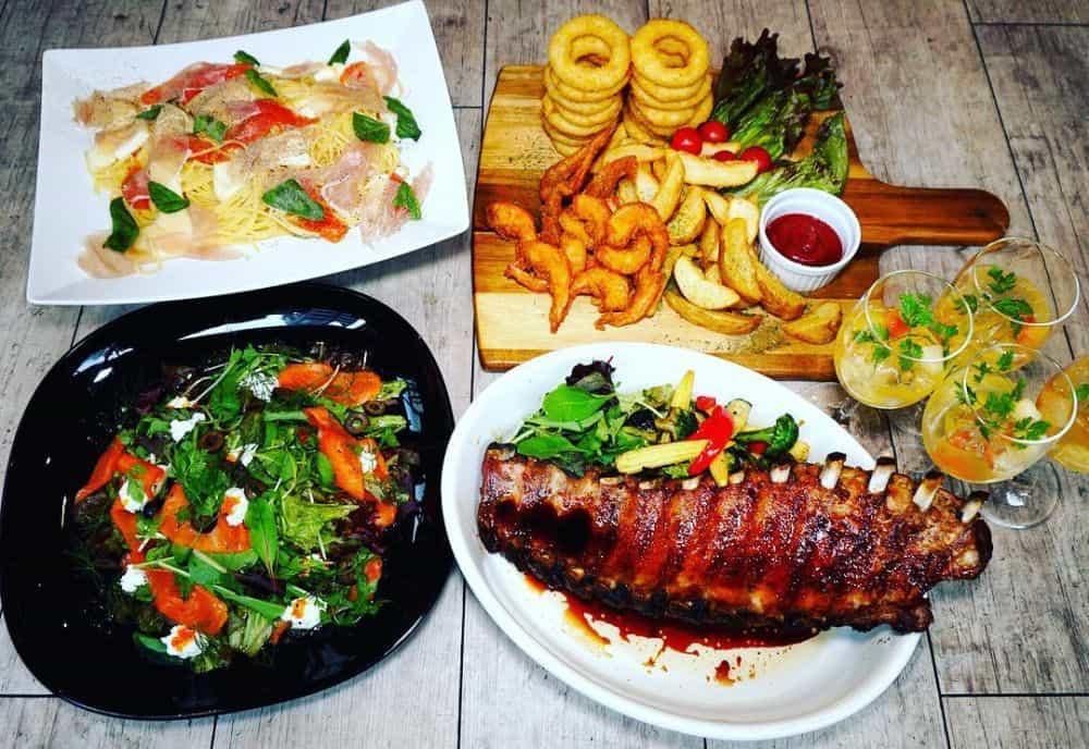 khu ẩm thực Kanda nổi tiếng của Nhật Bản