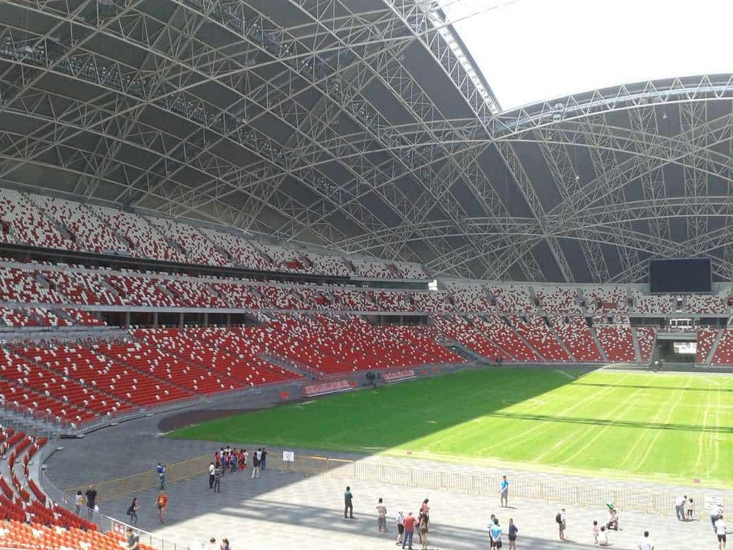 Sân vận động có hệ thống làm mát hơn cả điều hòa