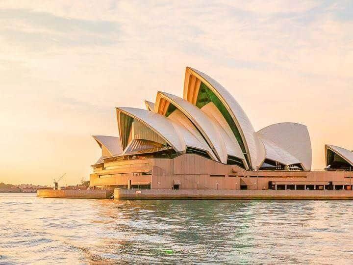 Tour Sydney – Camsley Farm - Melbourne – Ballarat