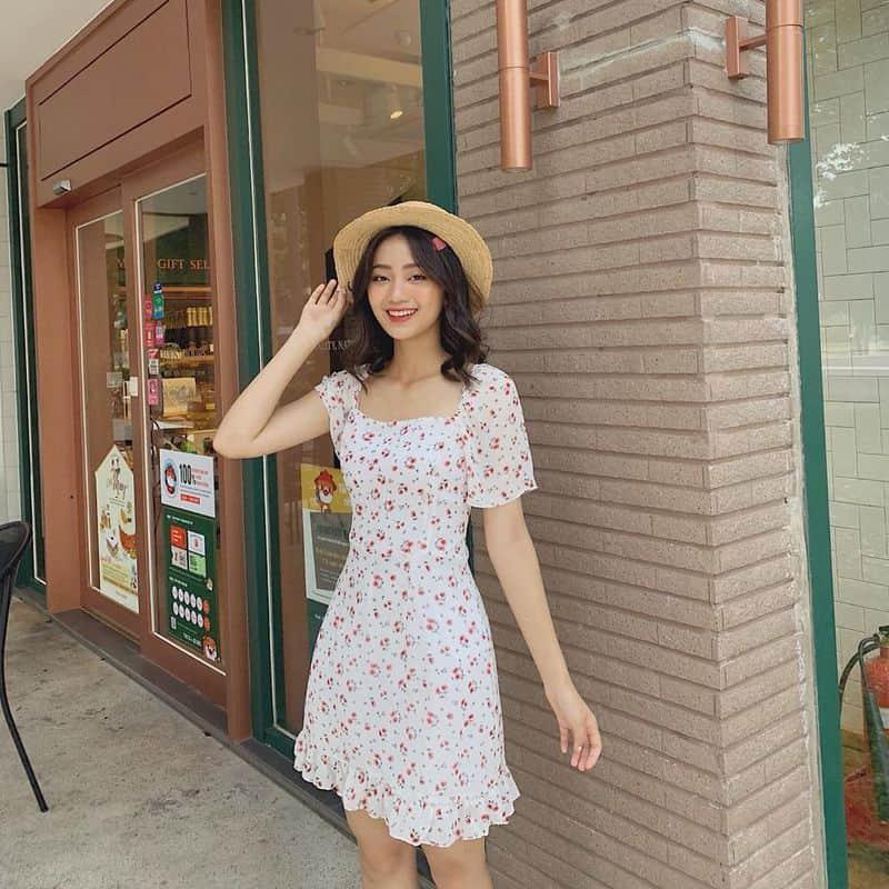 Váy hoa nhí