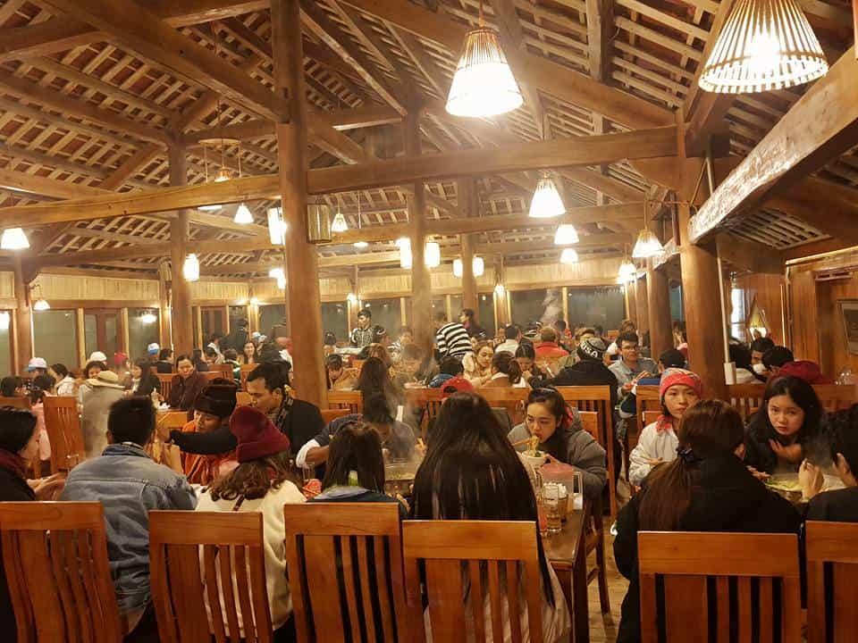 Nhà hàng Rừng Xanh nổi tiếng Sapa