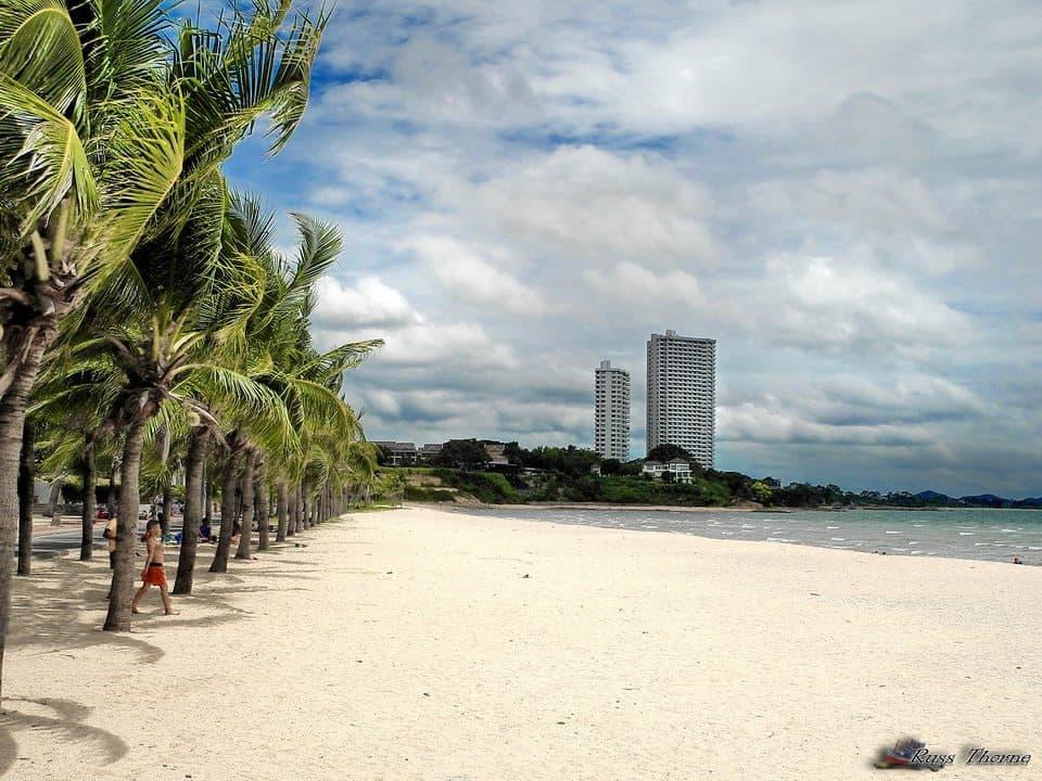 các bãi biển đẹp ở pattaya