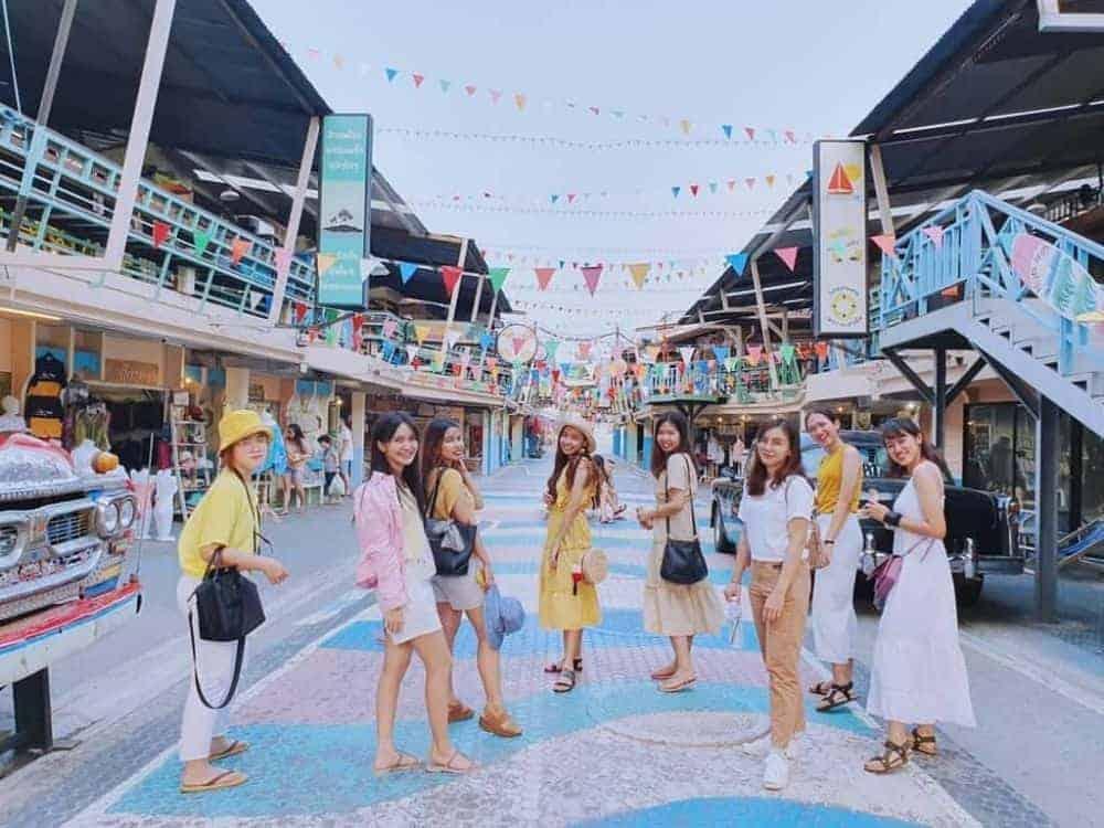 Khu chợ Plearn Wan
