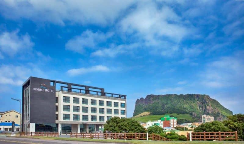 Khách sạn trên đảo Jeju