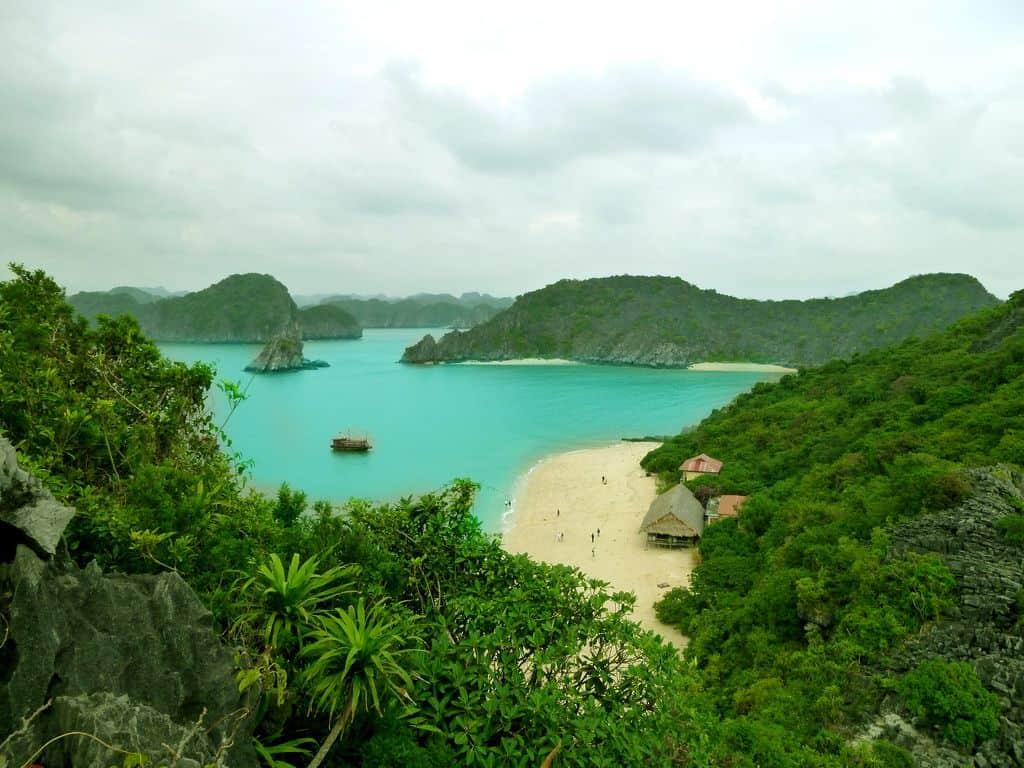 Không khí trong lành ở Đảo Khỉ