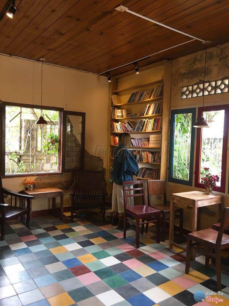 Sự hoài cổ tại tiệm cà phê Cô Bông