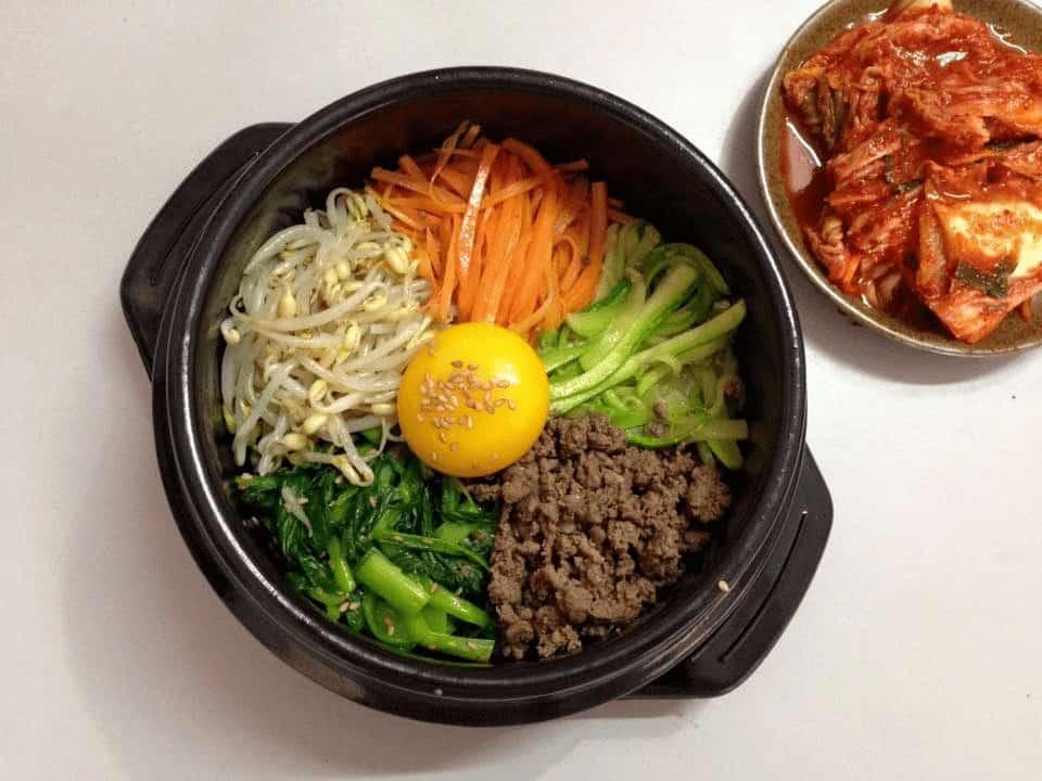 Món cơm cuộn Hàn Quốc Bibimbap