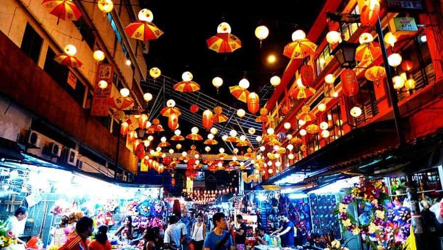 Chợ đêm ở Kota Brahu