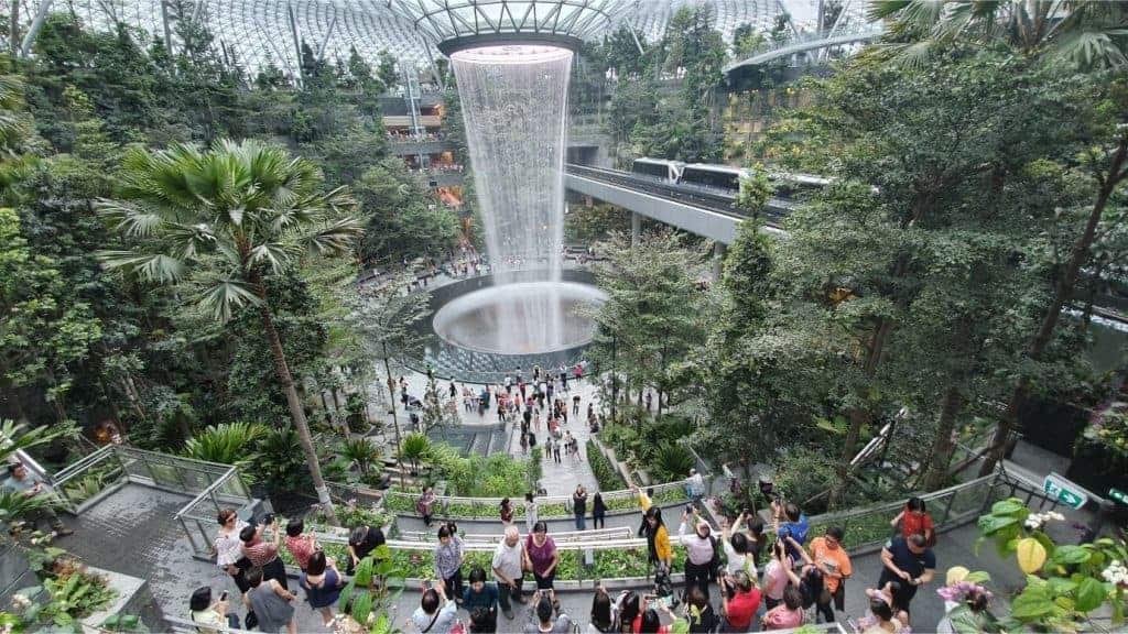 Mua sắm ở sân bay Changi