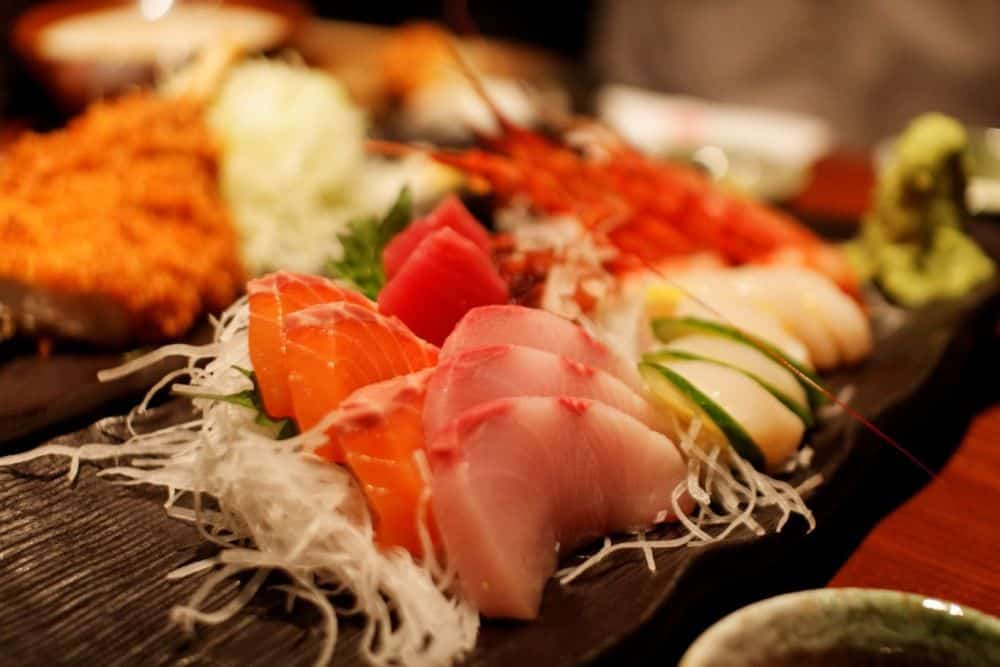 Sushi - Sashimi Nhật Bản