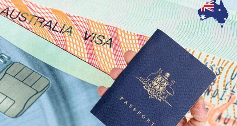 Bạn chuẩn bị những giấy tờ cần thiết để xin visa