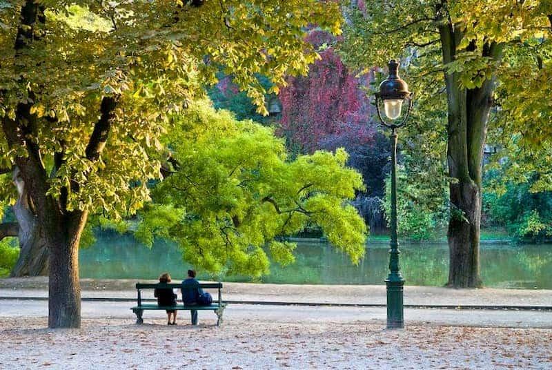 công viên buttes-chaumont