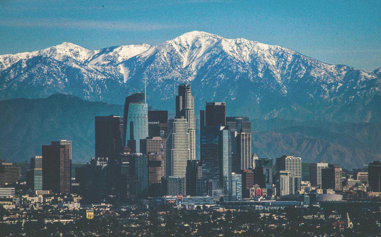Los Angeles-co-tuyet-khonh