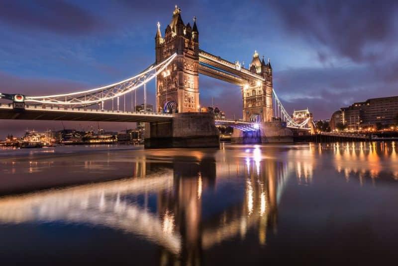 Cầu tháp Luân Đôn