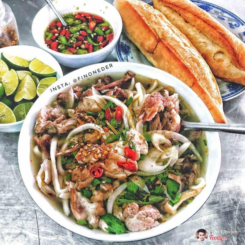 bánh canh Đà Nẵng Khoa nổi tiếng
