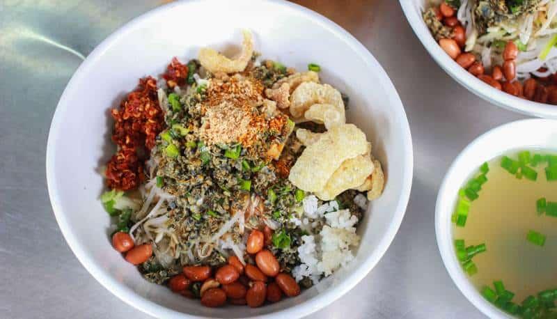 Món ăn ngon Đà Nẵng buổi trưa