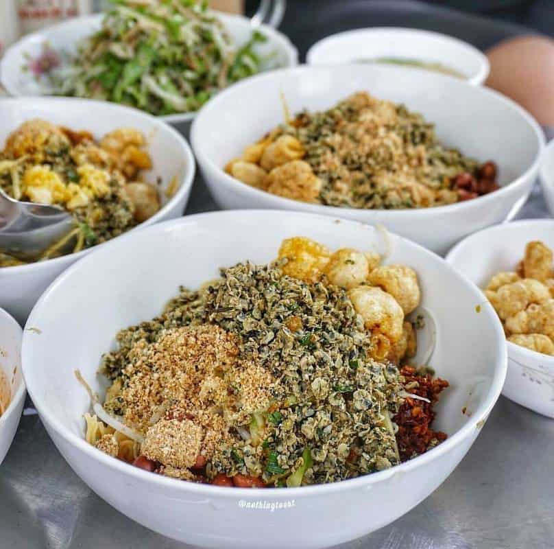 Quán cơm ở chợ Phú Lộc Đà Nẵng