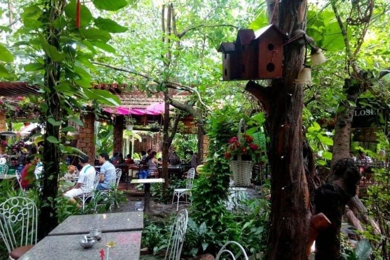 Quán cơm Niêu Vip Vườn