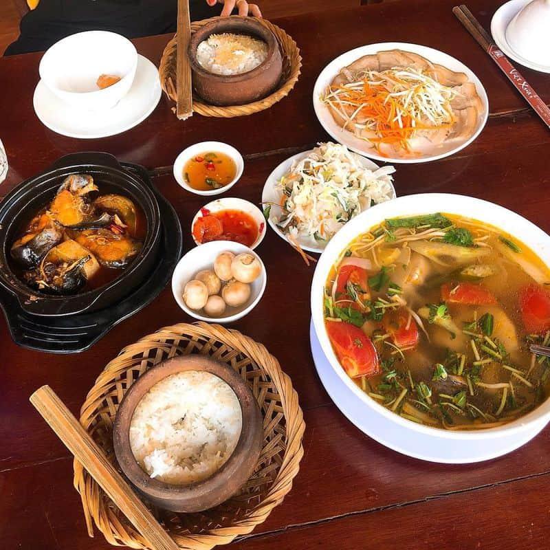 món ăn tại Cơm niêu Việt Xưa