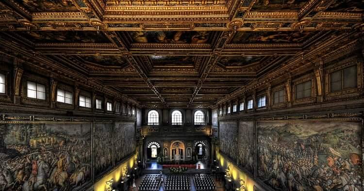 cung điện Vecchio tại Florence